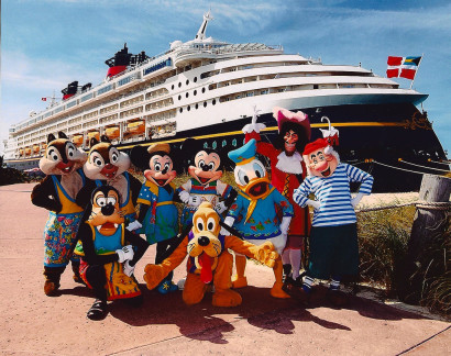 Disney Cruise Line for Group Travel & Family Reunions
