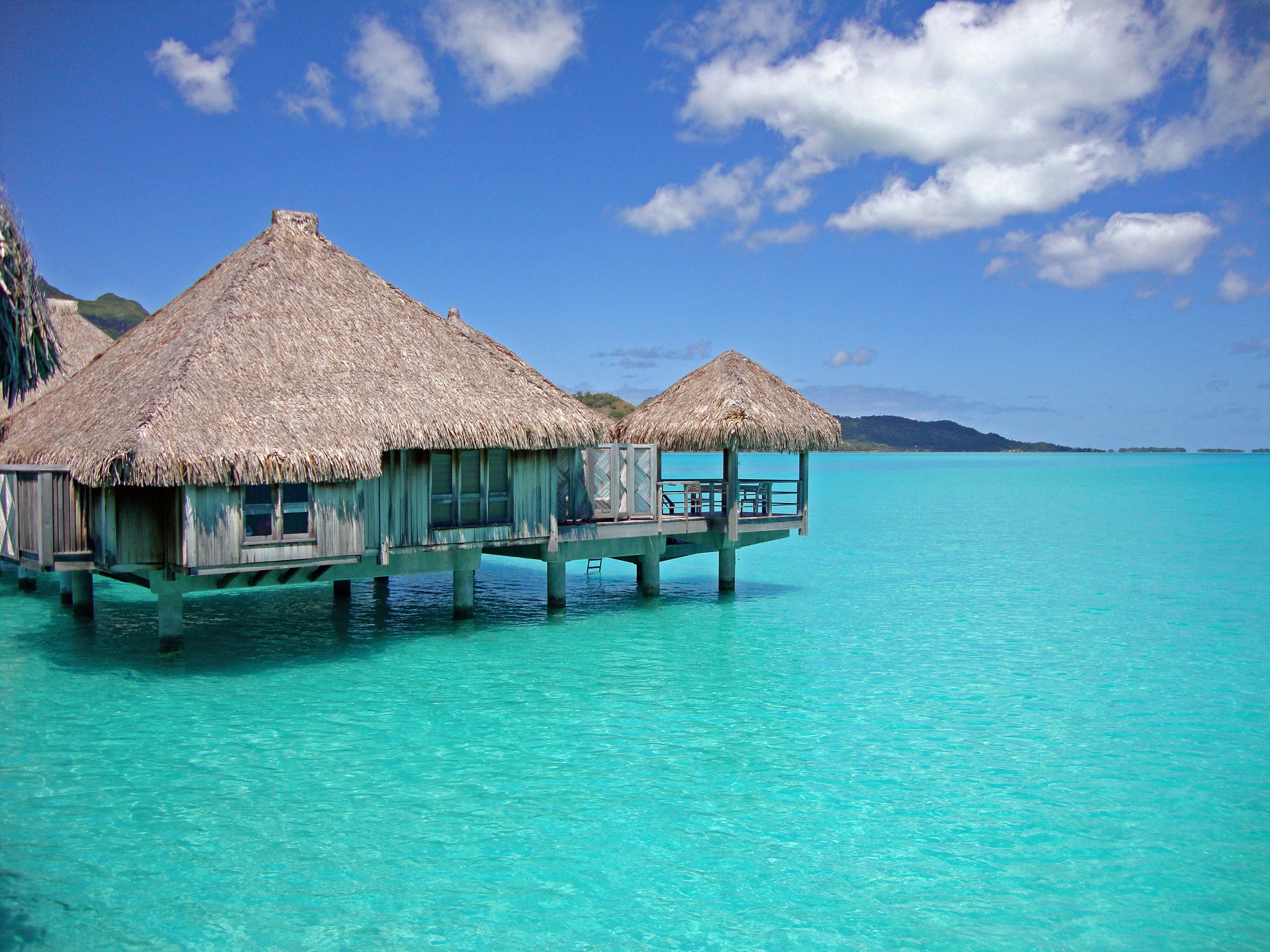Bungalow Overwater In Fiji Islands